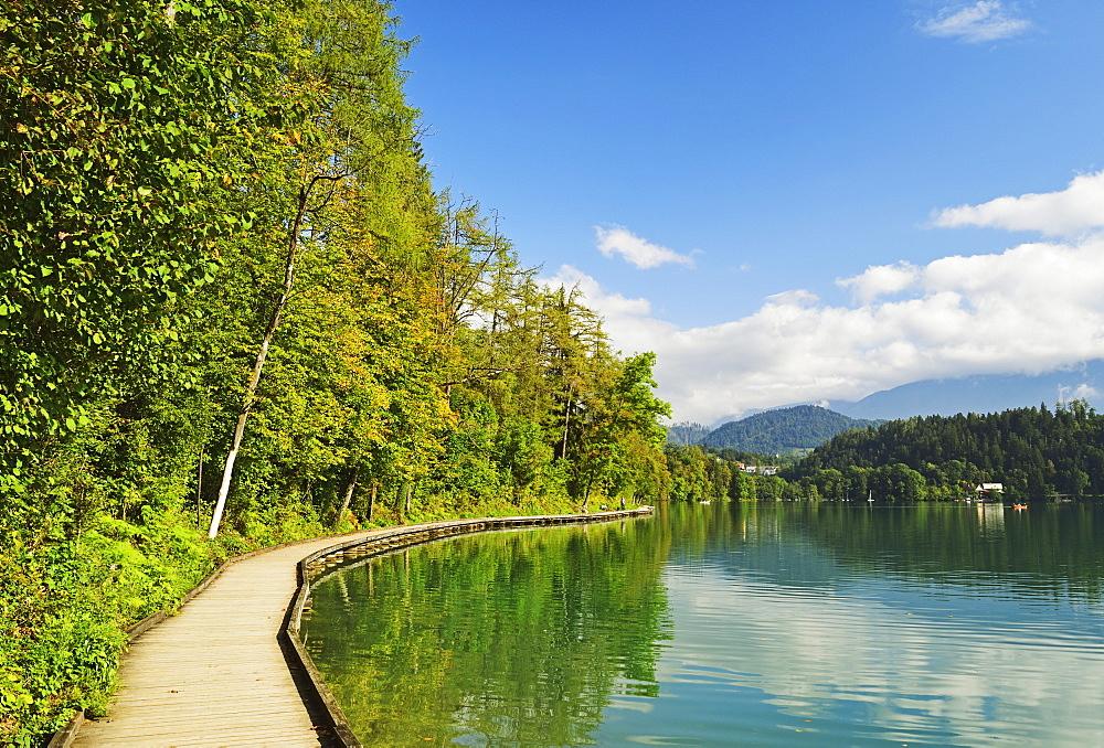 Lake Bled (Blejsko jezero), Bled, Julian Alps, Slovenia, Europe - 756-2743