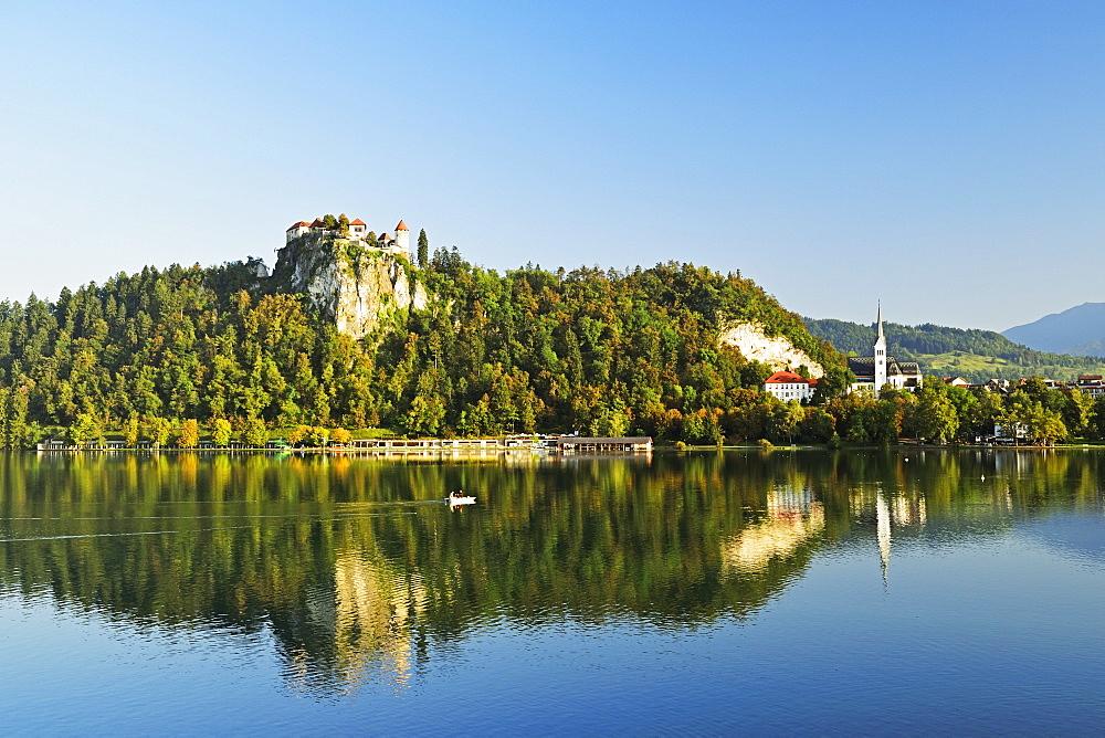 Bled castle, Lake Bled (Blejsko jezero), Bled, Julian Alps, Slovenia, Europe