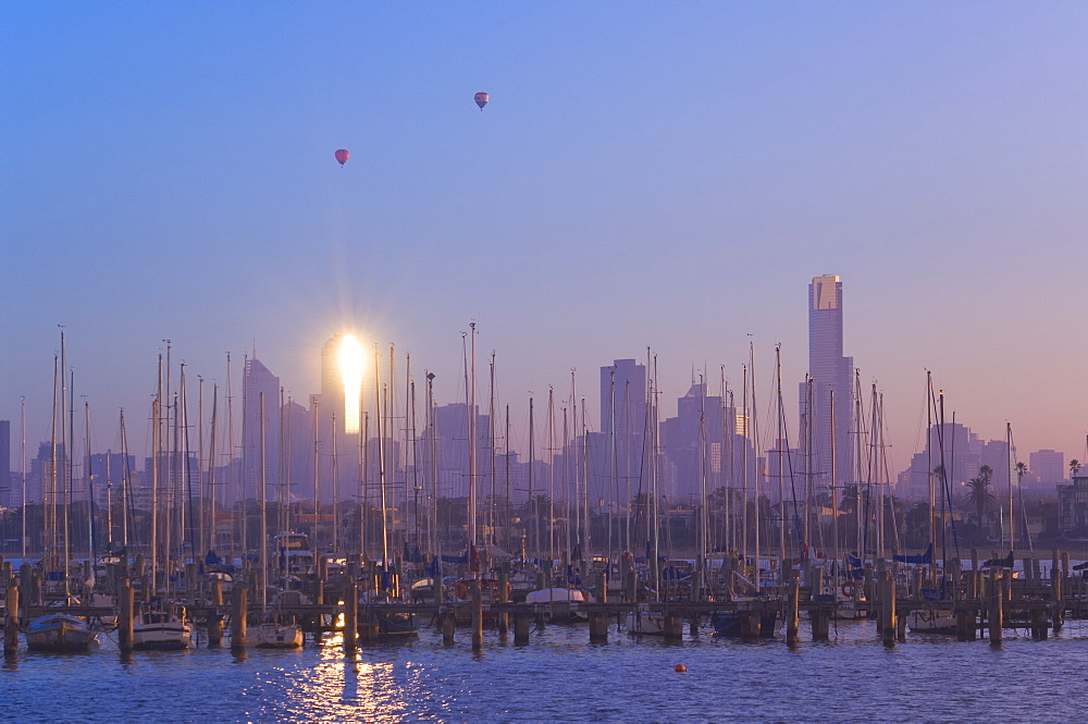 St. Kilda Harbour and Melbourne skyline, Melbourne, Victoria, Australia, Pacific - 756-381