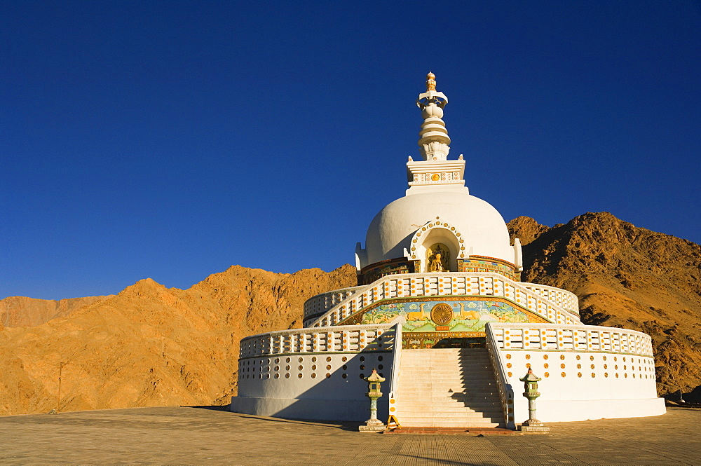 Shanti Stupa, Leh, Ladakh, Indian Himalayas, India, Asia