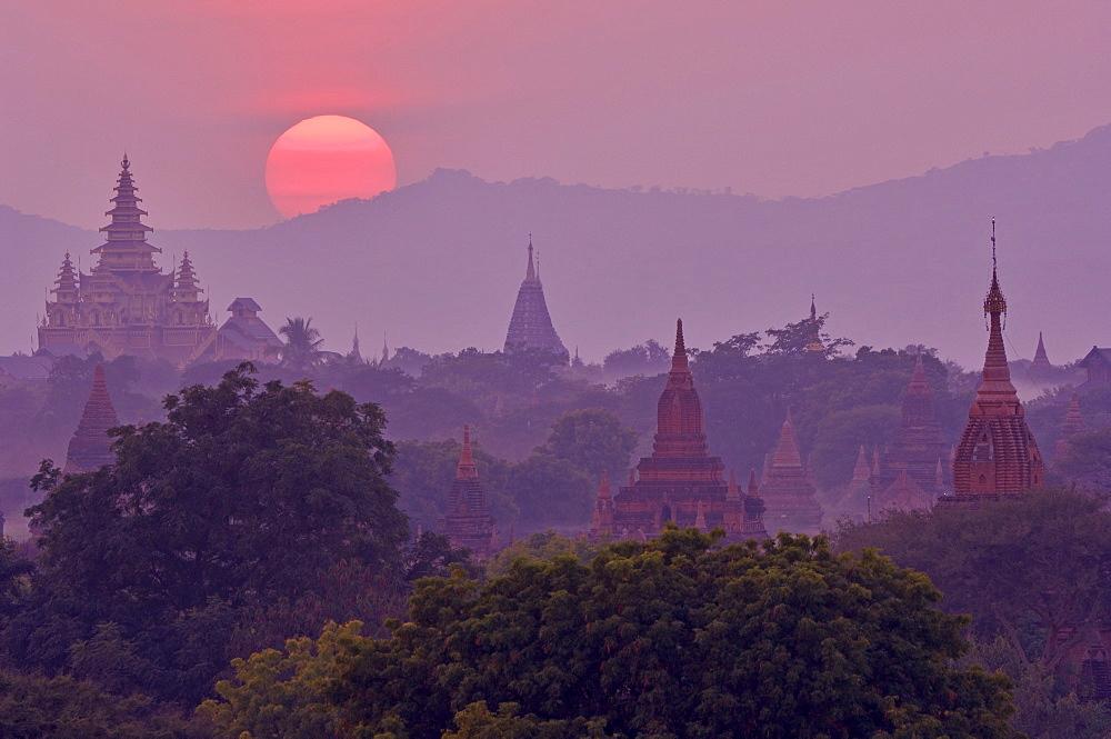 Sunset, Bagan (Pagan), Myanmar (Burma), Asia - 756-783