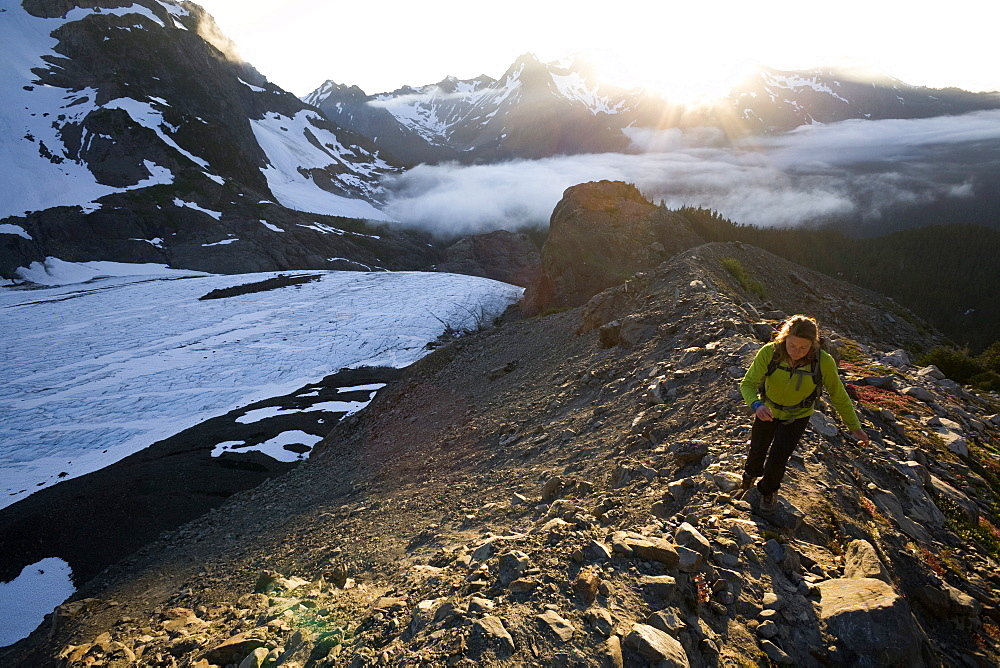 Woman hiking near Mount Olympus and Blue Glacier, Olympic National Park, UNESCO World Heritage Site, Washington State, United States of America, North America - 757-229