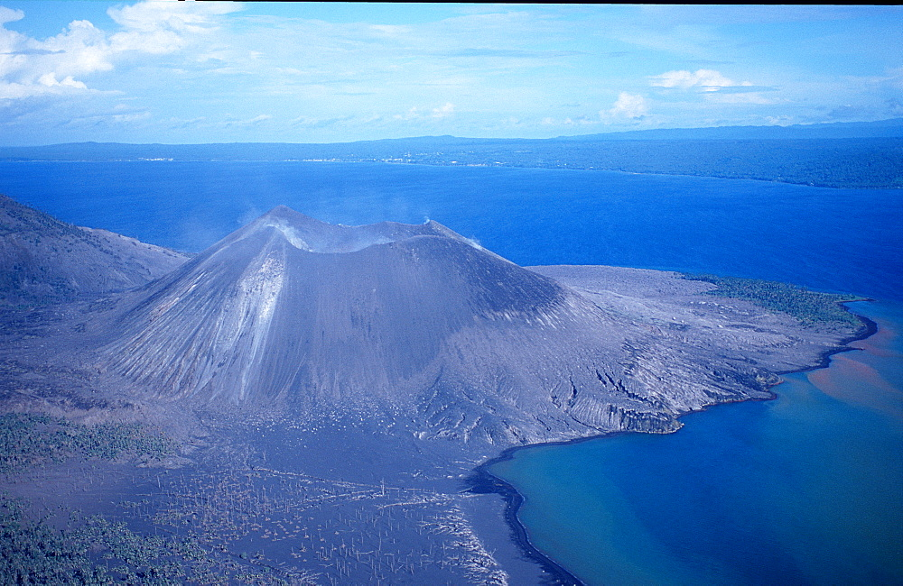 Active volcano Rabaul in New Britain, Papua New Guinea, Neu Britannien, New Britain, Rabaul