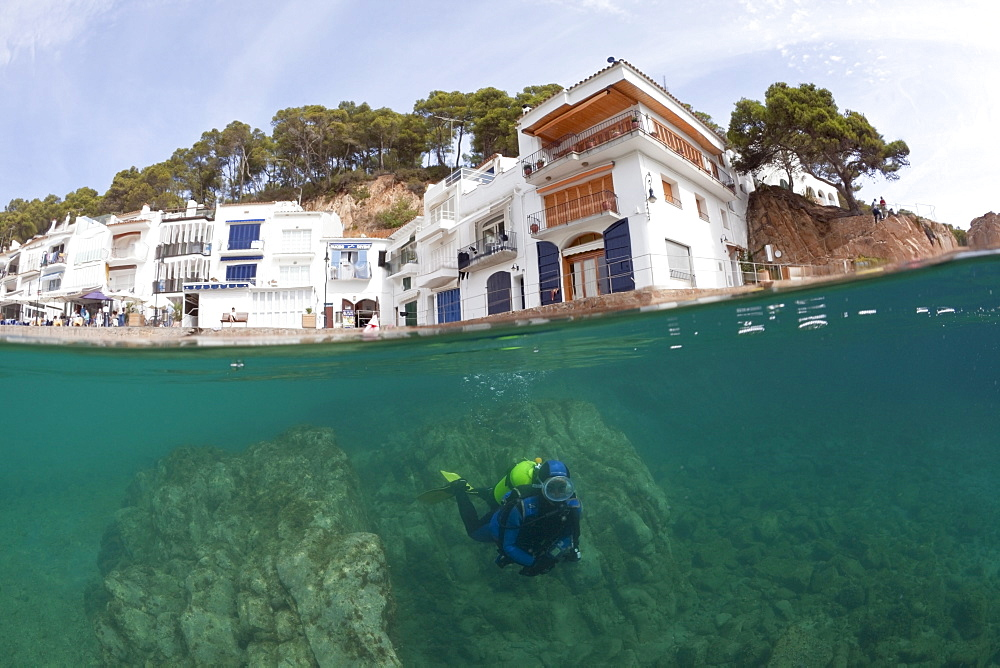 Scuba Diving in Tamariu, Tamariu, Costa Brava, Mediterranean Sea, Spain