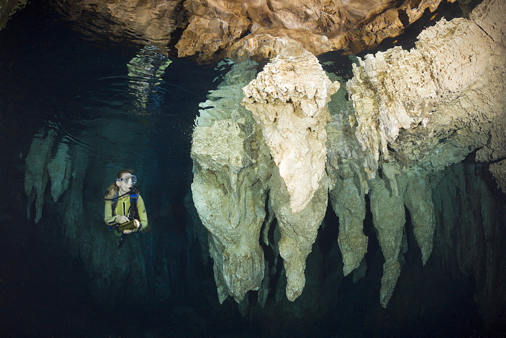 Diver in Chandelier Dripstone Cave, Micronesia, Palau