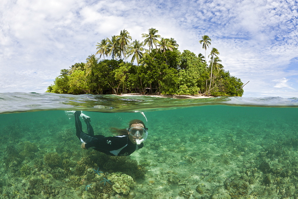 Snorkeling in Lagoon of Ahe Island, Cenderawasih Bay, West Papua, Indonesia, Southeast Asia, Asia - 759-9548