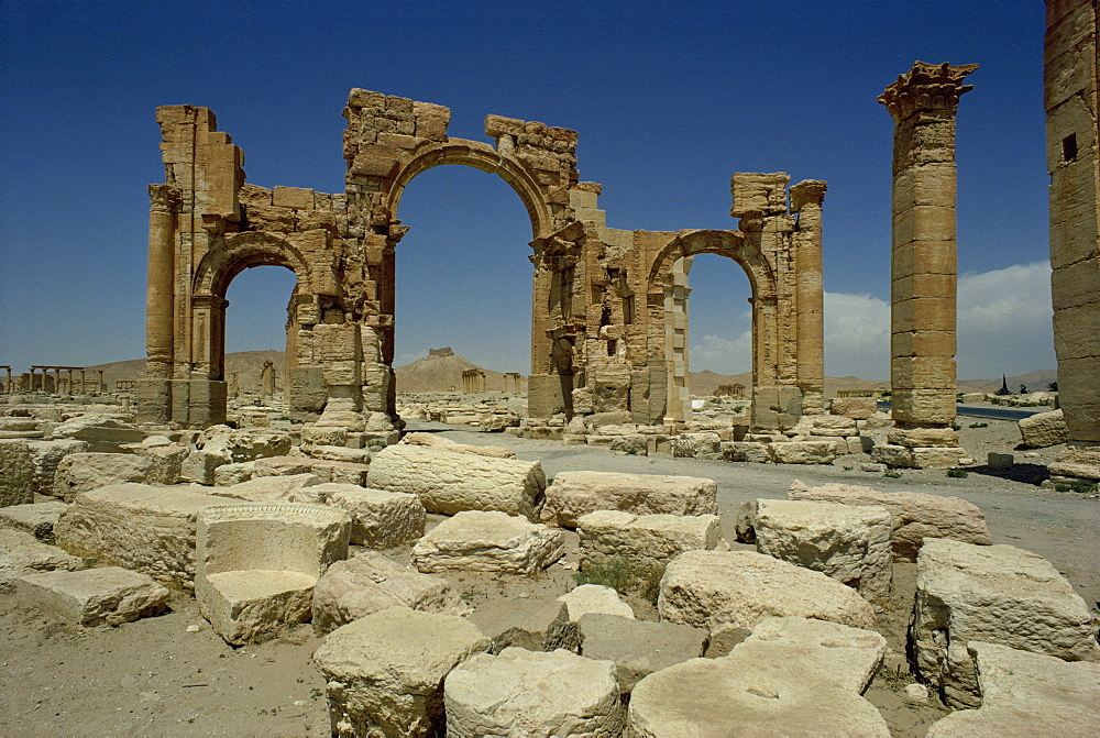 Triumphal arch, Palmyra, UNESCO World Heritage Site, Syria, Middle East