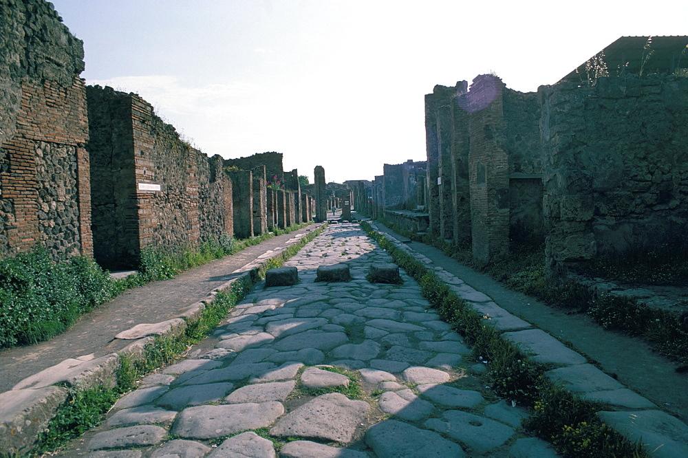 Via di Nola, Pompeii, Campania, Italy, Europe