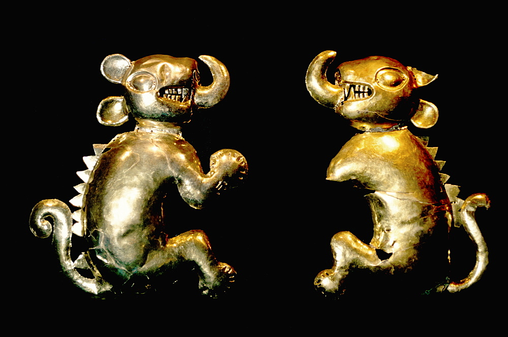 Chimu-Lambayeque Culture, 1100 to 1400AD, from the Lambayeque Valley on north coast gold Feline Idols (wall decorations), Peru