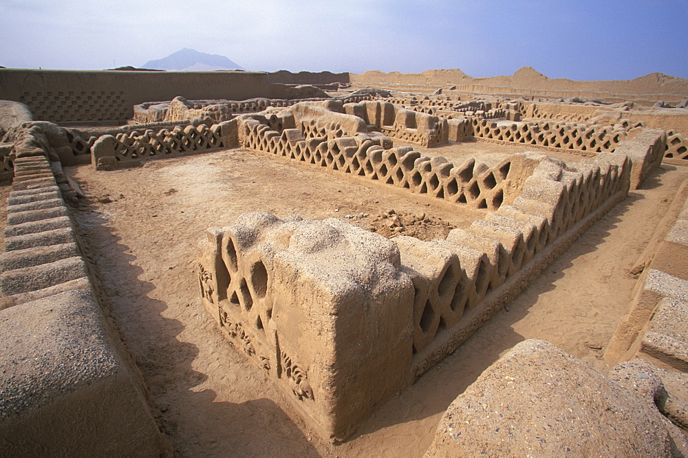 Chimu Culture Chan Chan, 1300-1468AD, capital of empire and world's largest adobe city covering 20 sqkm near Trujillo the walls of Palacio Tschuldi, Peru