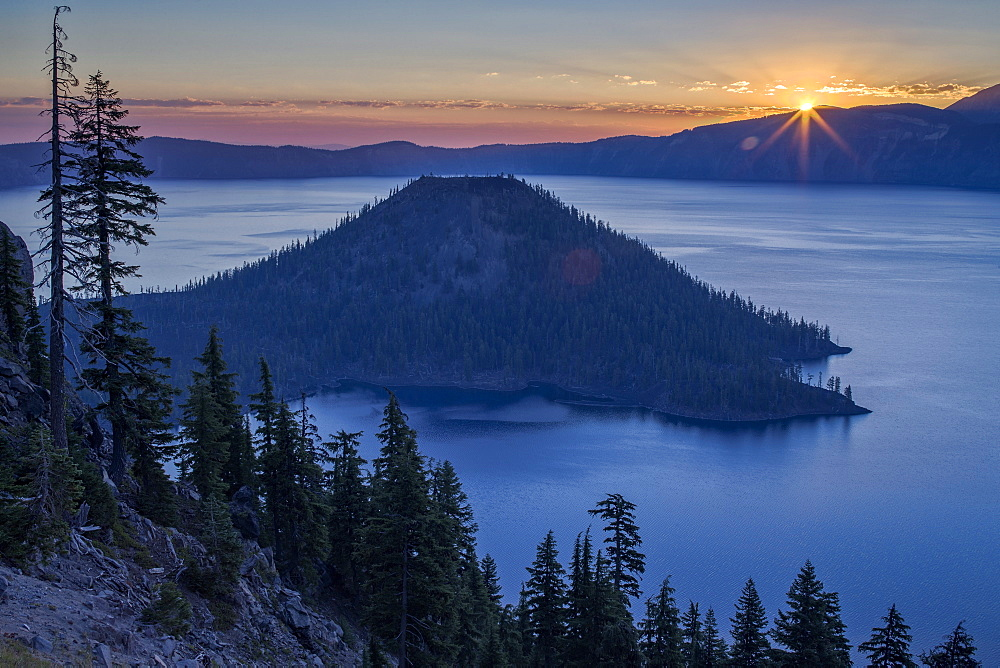 Sunrise over Crater Lake and Wizard Island, Crater Lake National Park, Oregon, United States of America, North America