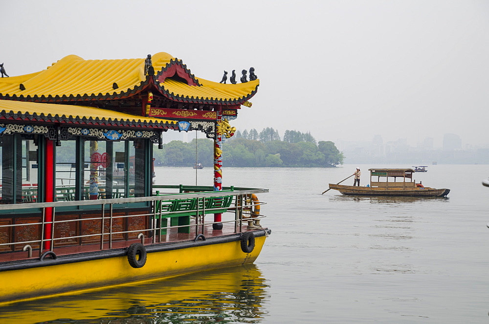West Lake, Hangzhou, Zhejiang province, China, Asia - 767-1226