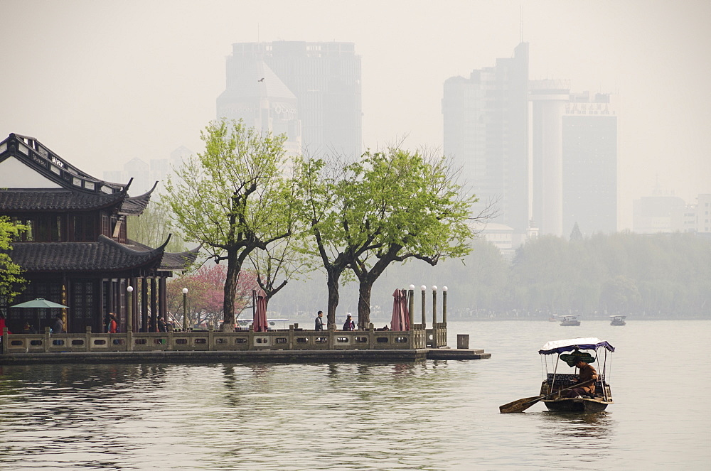 West Lake, Hangzhou, Zhejiang province, China, Asia - 767-1227