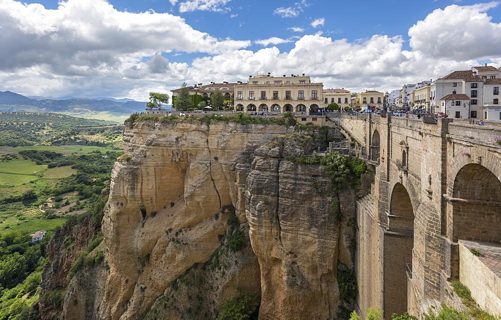 Puente Nuevo in Ronda, province of Malaga, Andalusia, Spain, Europe - 767-1377