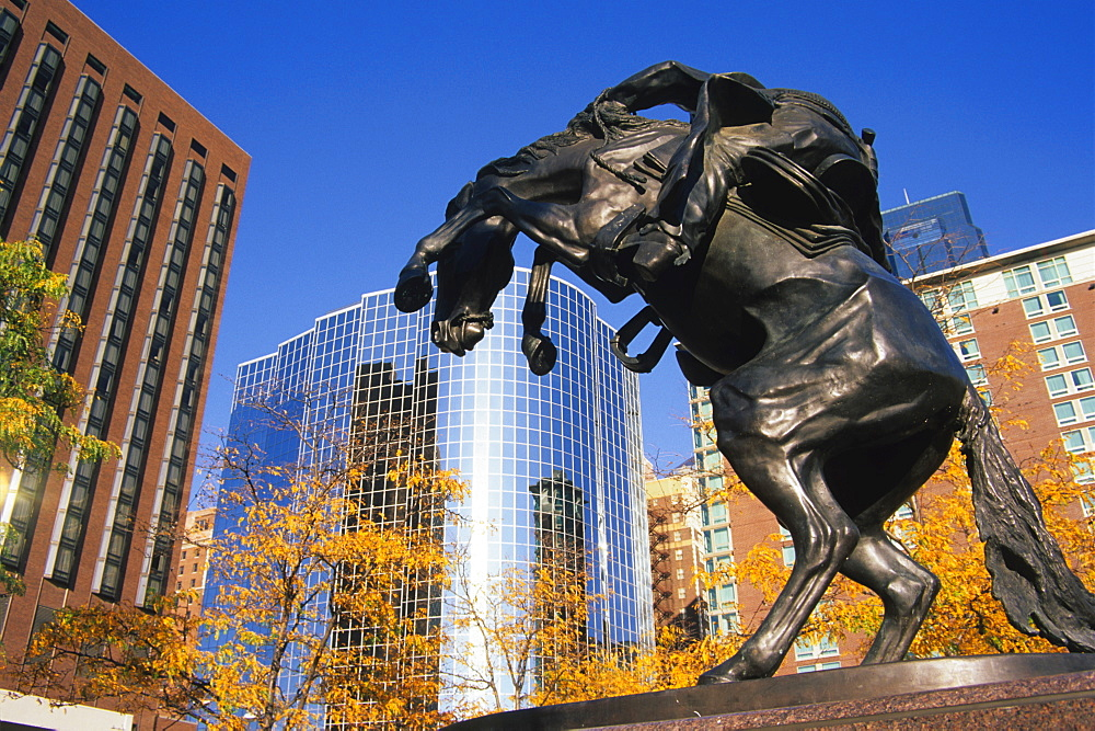 "Fredrick Remingtons ""Bronco Buster"" on Barney Allis plaza, Kansas City, Missouri, United States of America, North America"
