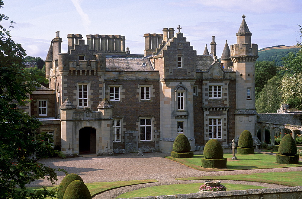 The house built to Sir Walter Scott's plan and where the writer lived from 1812 until his death 20 years later, Abbotsford House, near Melrose, Scottish Borders, Scotland, United Kingdom, Europe
