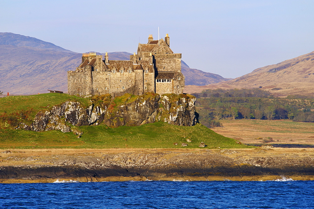 Duart Castle, Isle of Mull, Inner Hebrides, Scotland, United Kingdom, Europe - 770-1522