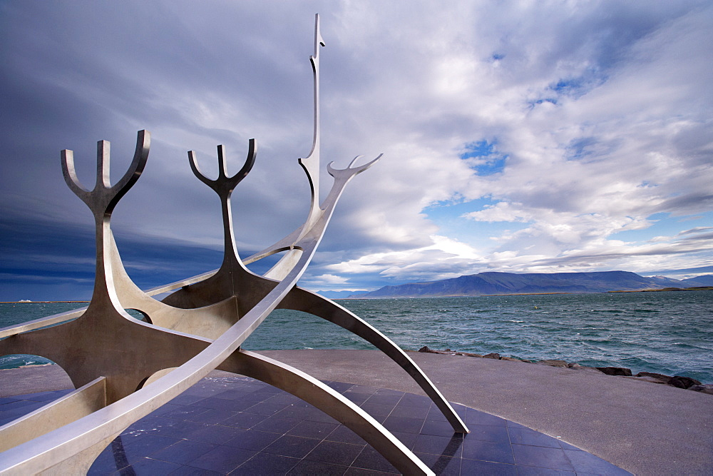 Solfar (Sun Voyager), iconic stainless-steel modern sculpture representing a Viking longboat by Jon Gunnar Arnason, Saebrot Avenue, Reykjavik, Iceland, Polar Regions