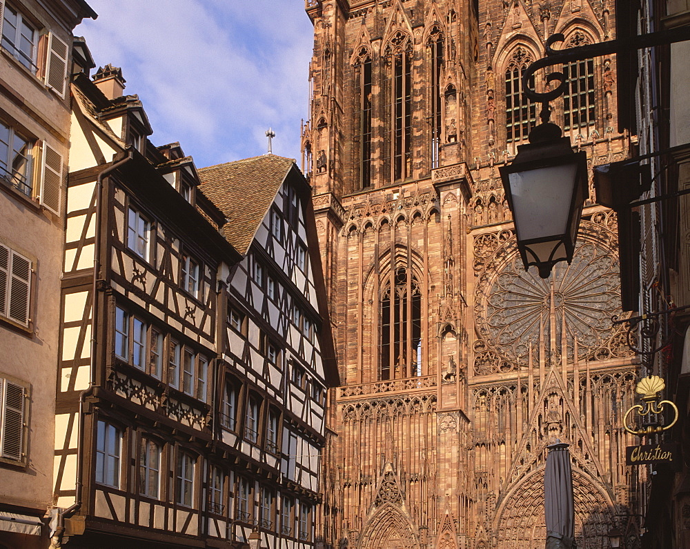 West front of Notre-Dame Gothic cathedral, from Rue Merciere, UNESCO World Heritage Site, Strasbourg, Alsace, France, Europe - 770-1724