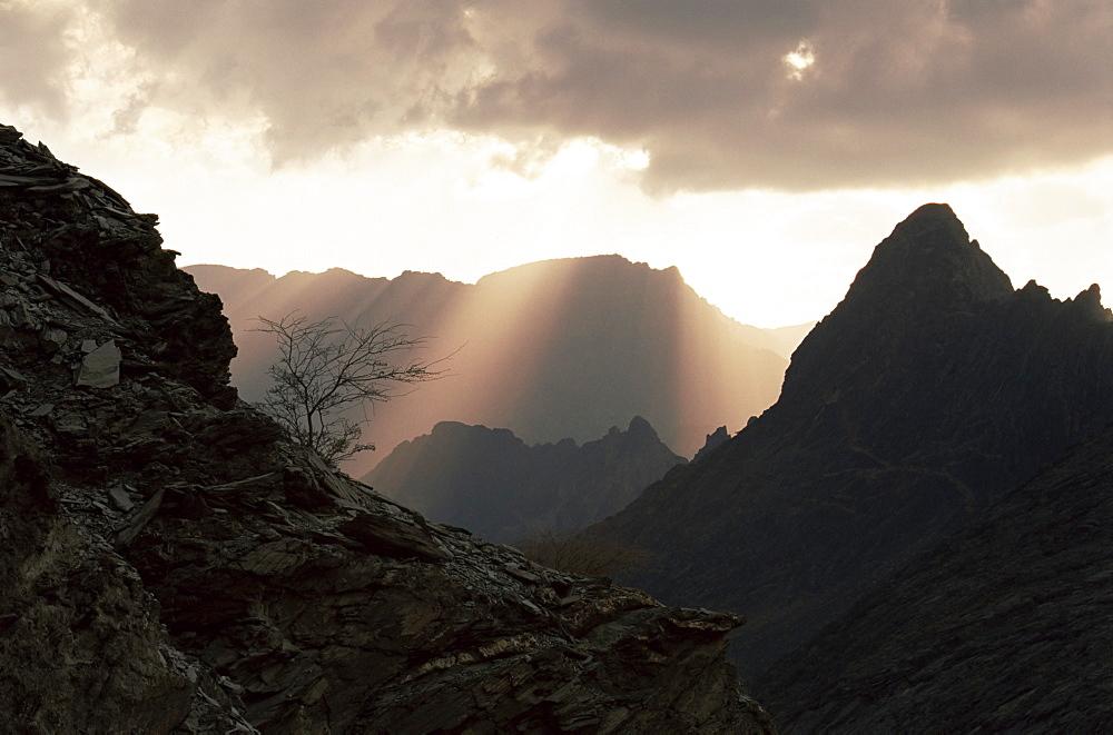Mountains at sunset in the Jabal al Akhdar, Wadi Bani Awf, Oman, Middle East