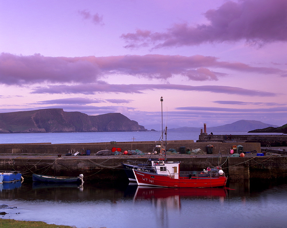 Small fishing harbour at sunset, Dooagh, Achill island, County Mayo, Connacht, Republic of Ireland, Europe