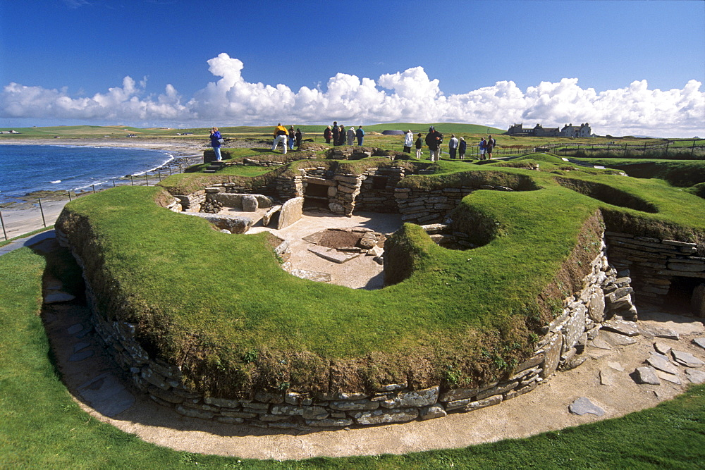Skara Brae, neolithic village dating from between 3200 and 2200 BC, UNESCO World Heritage Site, Mainland, Orkney Islands, Scotland, United Kingdom, Europe
