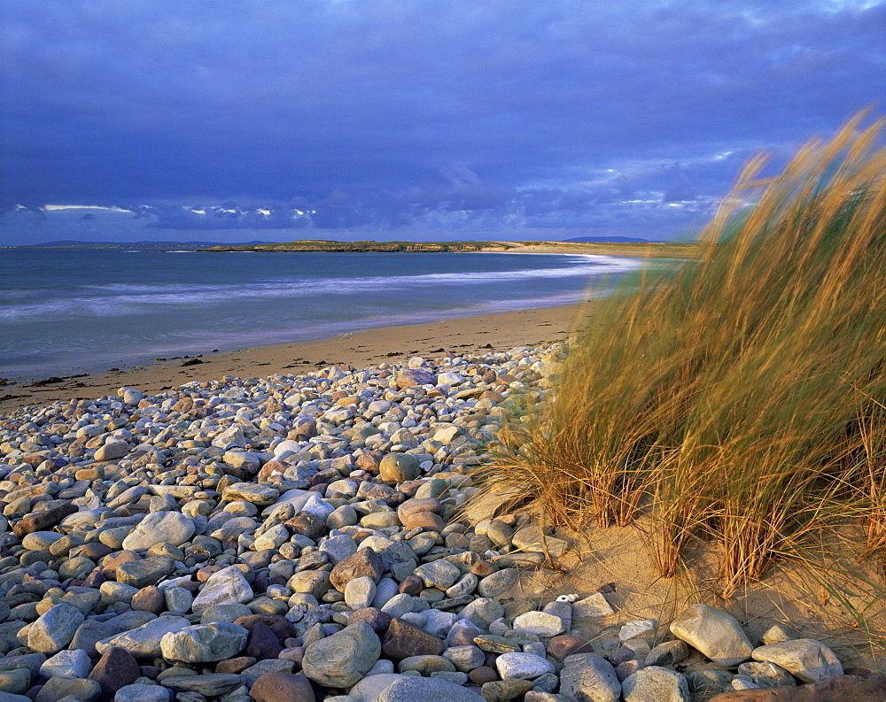 Beach near Doogort, Achill Island, County Mayo, Connacht, Republic of Ireland (Eire), Europe