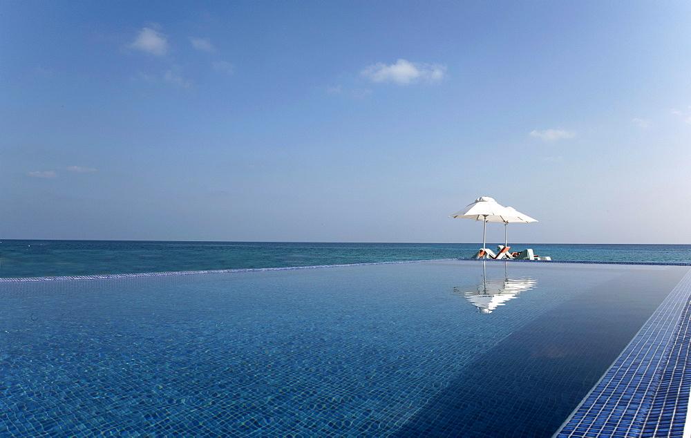 Tropical Island, Kuramathi Island, Ari Atoll, Maldives, Indian Ocean, Asia