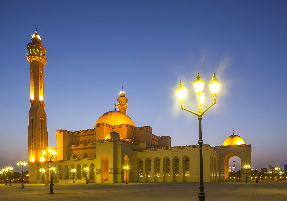 Al Fateh Grand Mosque, Manama, Bahrain, Middle East