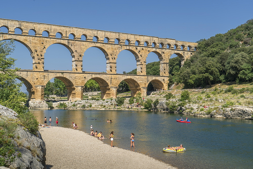 The Pont du Gard aqueduct, UNESCO World Heritage Site, Gard, Occitanie, France, Europe