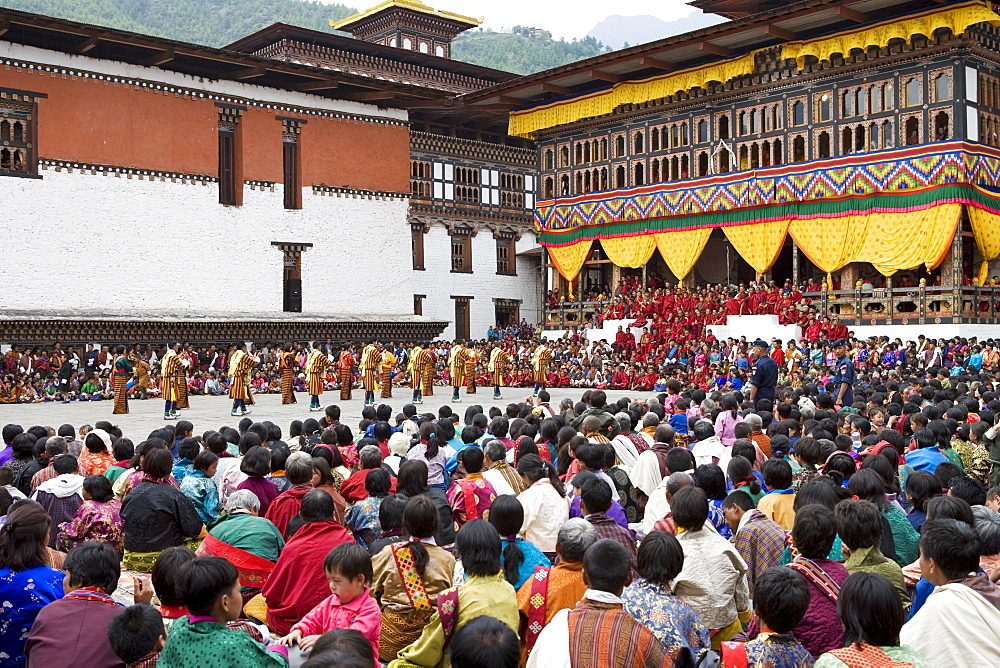Buddhist festival (Tsechu), Trashi Chhoe Dzong, Thimphu, Bhutan, Asia - 772-93