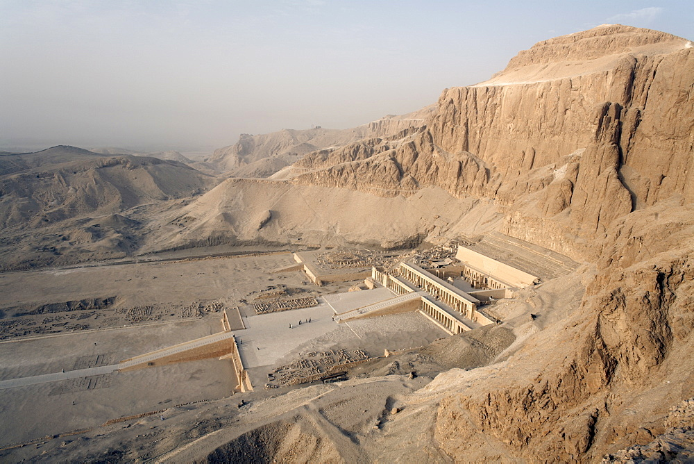 Deir al Bahri, Funerary Temple of Hatshepsut, Valley of the Kings, Thebes, UNESCO World Heritage Site, Egypt, North Africa, Africa