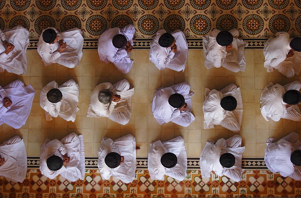 Cao Dai ceremony inside Tay Ninh Holy See, Tay Ninh, Vietnam, Indochina, Southeast Asia, Asia