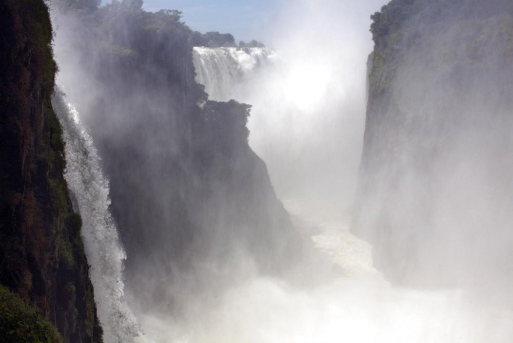 Victoria Falls, UNESCO World Heritage Site, Zimbabwe, Africa - 774-772