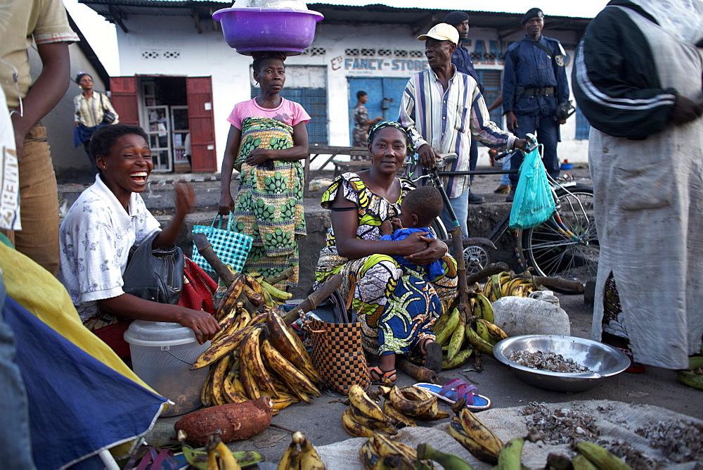 Women selling bananas at the market in Kisangani, Democratic Republic of Congo, Africa - 774-836