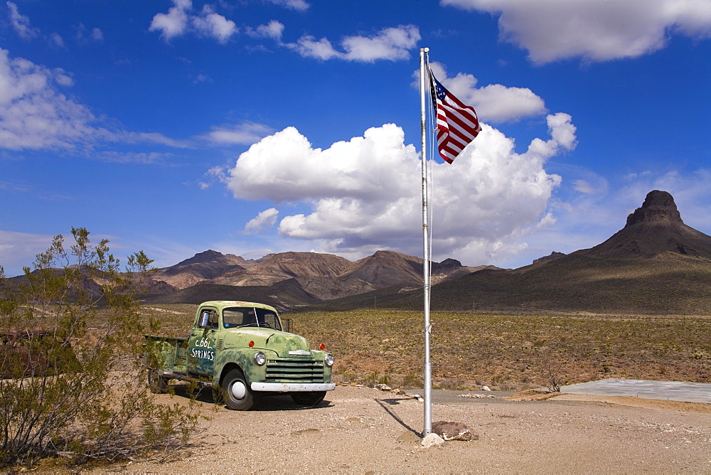 Old truck, Historic Cool Springs Gas Station, Route 66, Arizona, United States of America, North America