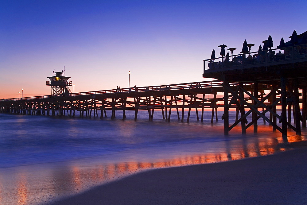 Municipal Pier at sunset, San Clemente, Orange County, Southern California, United States of America, North America