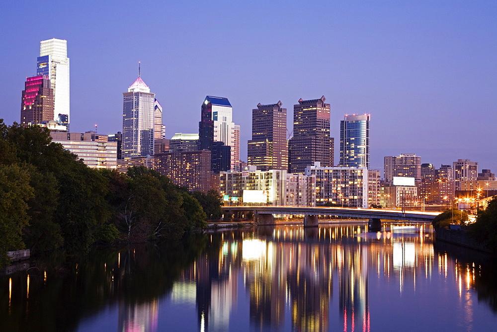 Schuylkill River and Philadelphia skyline, Philadelphia, Pennsylvania, United States of America, North America