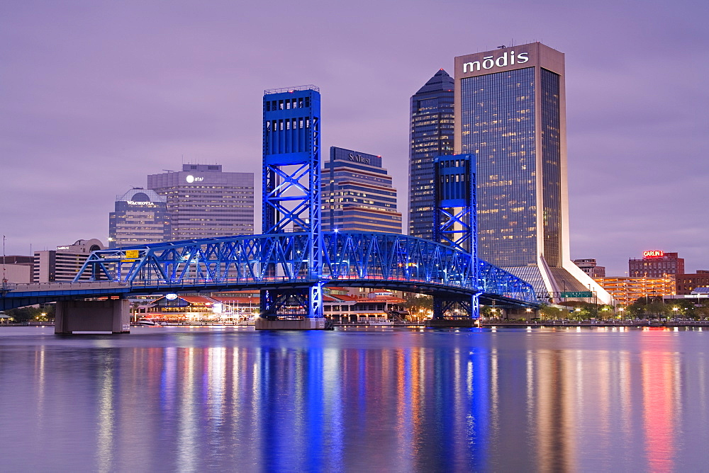 Main Street Bridge and skyline, Jacksonville, Florida, United States of America, North America