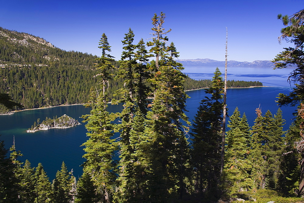 Fannette Island in Emerald Bay State Park, Lake Tahoe, California, United States of America, North America