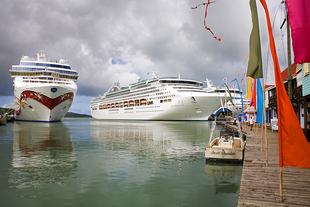 Cruise ships, Heritage Quay, St. Johns, Antigua Island, Antigua and Barbuda, Leeward Islands, Lesser Antilles, West Indies, Caribbean, Central America
