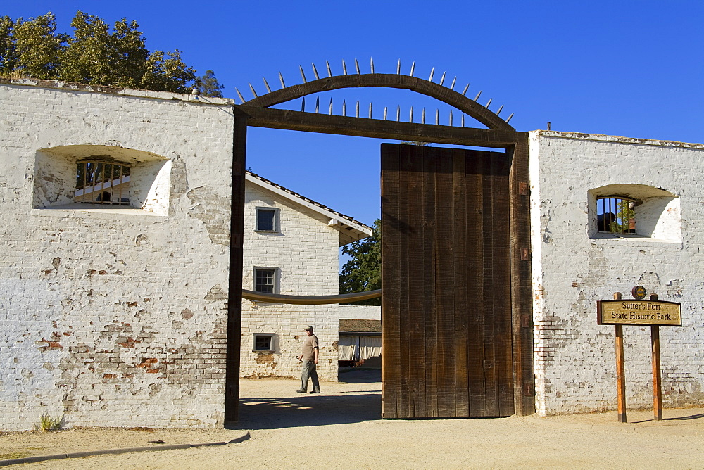 South Gate at Sutter's Fort State Historic Park, Sacramento, California, United States of America, North America