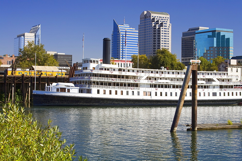 Delta King Paddle Steamer in Old Town Sacramento, California, United States of America, North America