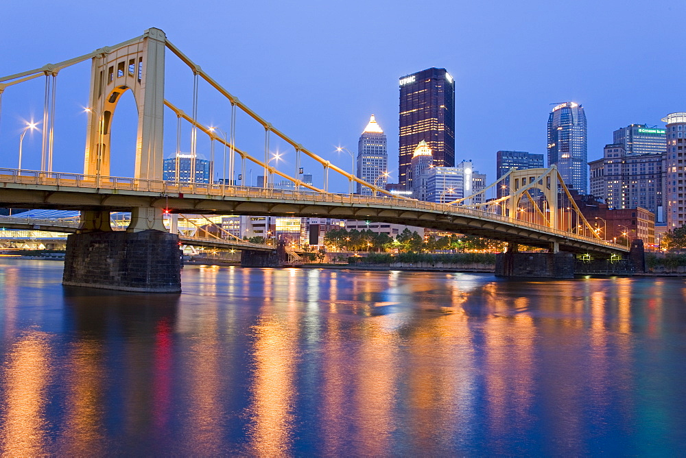 Andy Warhol Bridge (7th Street Bridge) over the Allegheny River, Pittsburgh, Pennsylvania, United States of America, North America