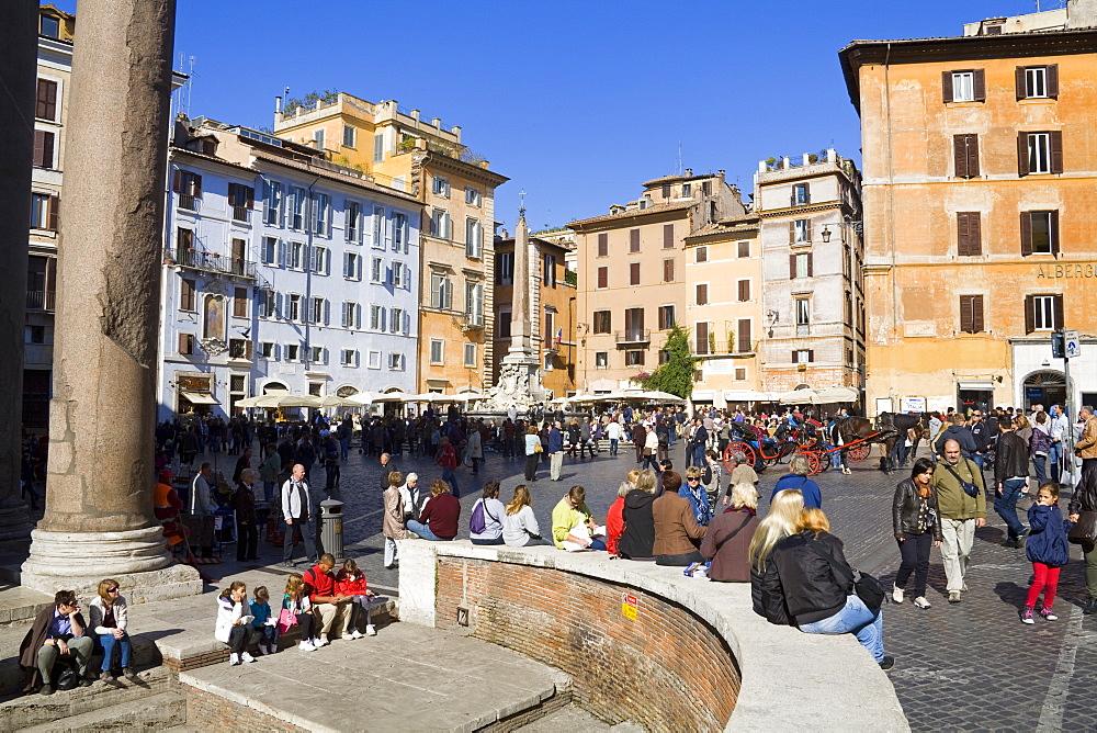 Pantheon and Piazza della Rotonda, Rome, Lazio, Italy, Europe