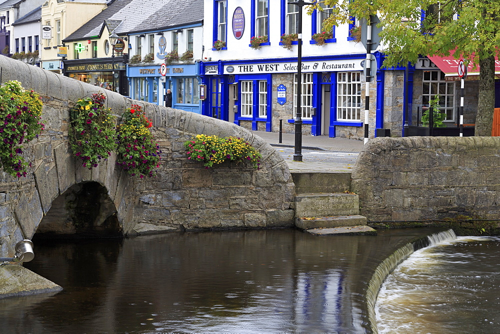 Carrow Beg River in Westport, County Mayo, Connaught, Republic of Ireland, Europe