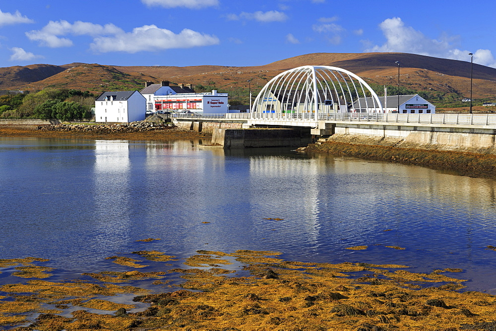 Bridge over Achill Sound, Achill Island, County Mayo, Connaught (Connacht), Republic of Ireland, Europe