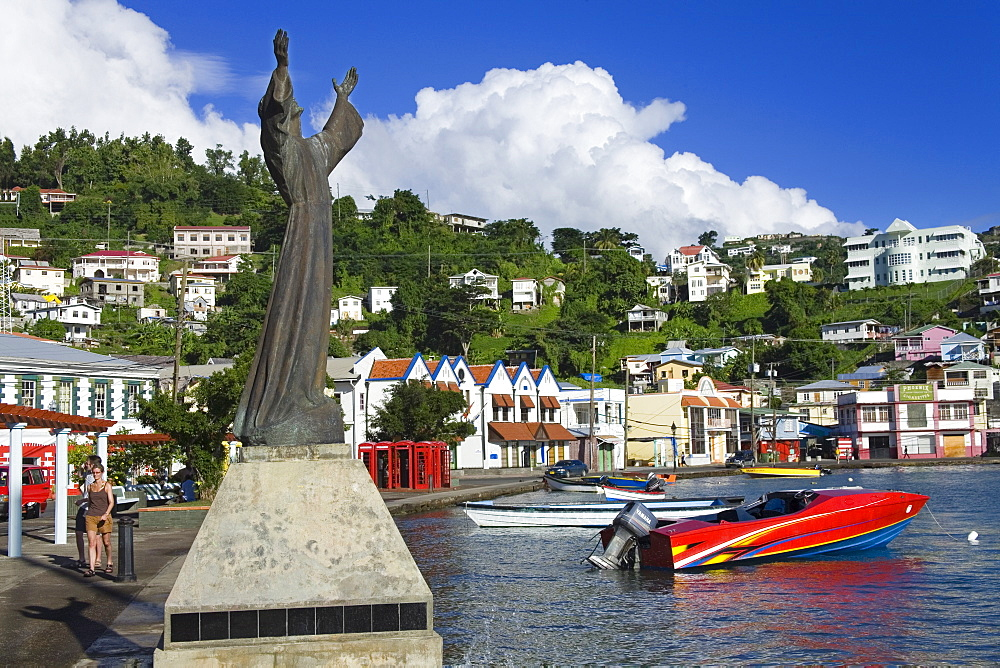 Statue in Carenage Harbour, St. George's, Grenada, Windward Islands, Lesser Antilles, West Indies, Caribbean, Central America