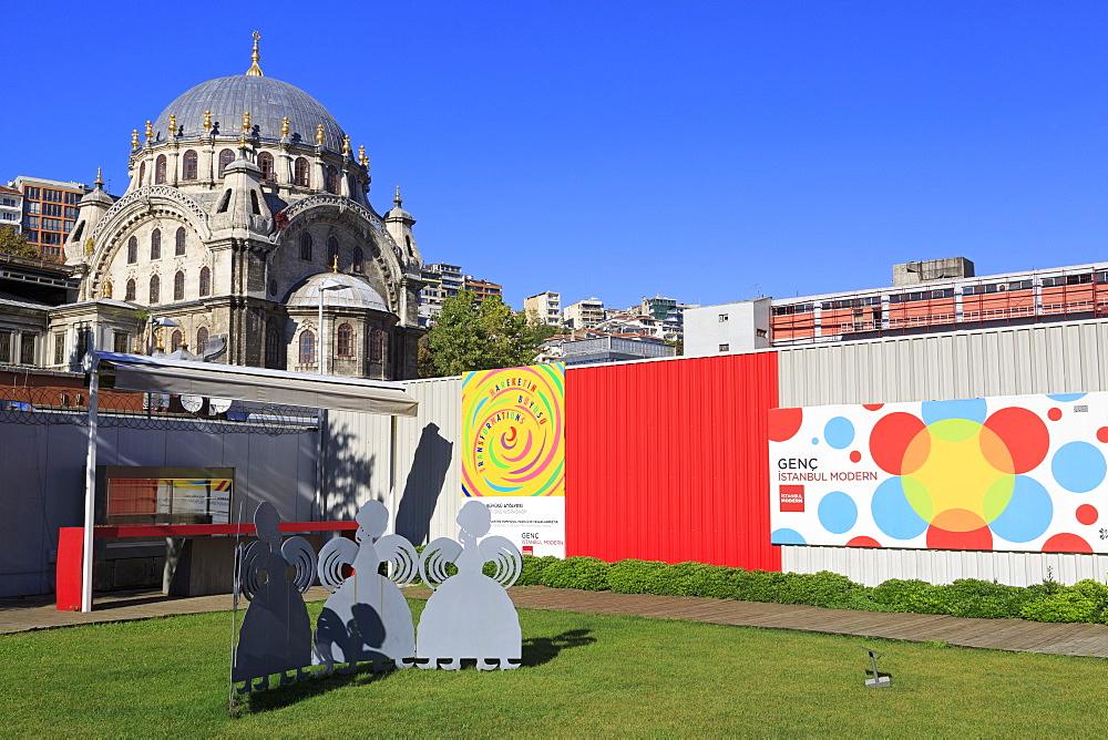 Istanbul Modern Art Museum and Nusretiye Mosque, Beyoglu District, Istanbul, Turkey, Europe