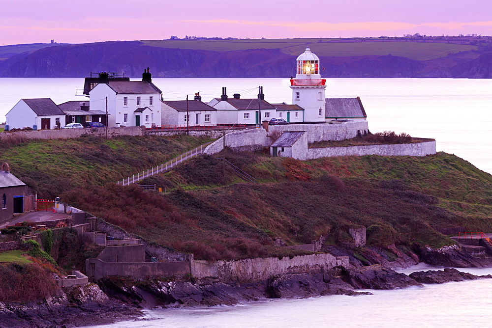 Roches Point Lighthouse, Whitegate Village, County Cork, Munster, Republic of Ireland, Europe